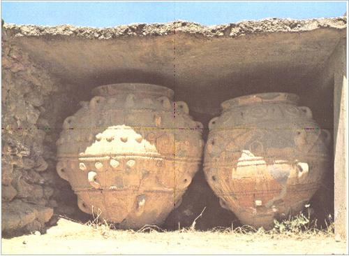 ファイストス宮殿の大甕