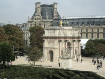 Louvre003