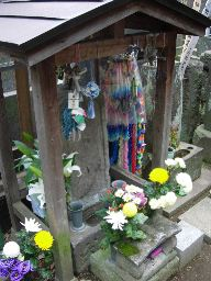 沖田総司房良の墓