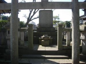 戦死烈士之墓