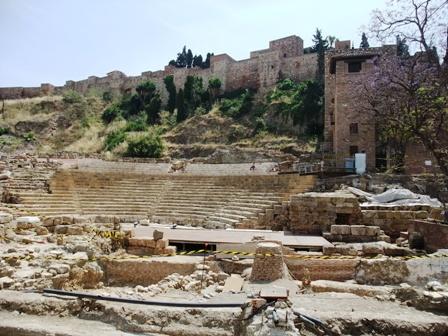ローマ劇場跡