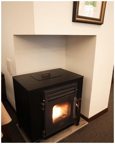 青山ウェスト暖炉