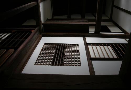 東松家二階