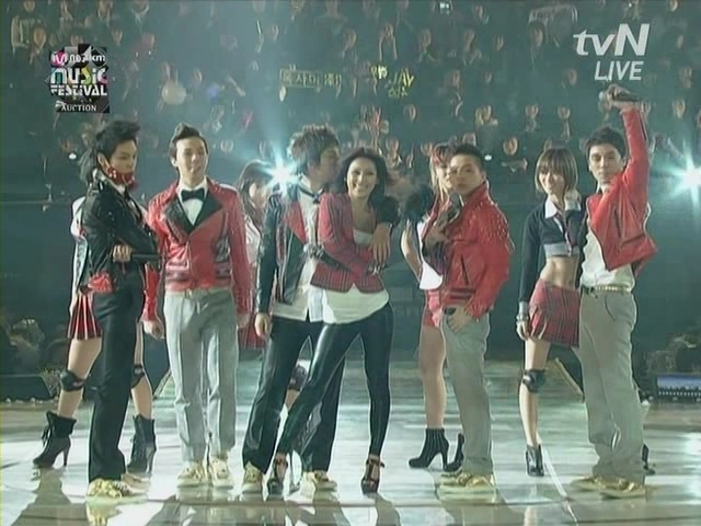 BigBang  Lee Hyori.Lie,Haru Haru,U Go Girls,10 minutes......2008 MKMF.081115.avi_000766332
