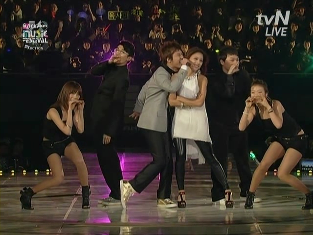 BigBang  Lee Hyori.Lie,Haru Haru,U Go Girls,10 minutes......2008 MKMF.081115.avi_000537503