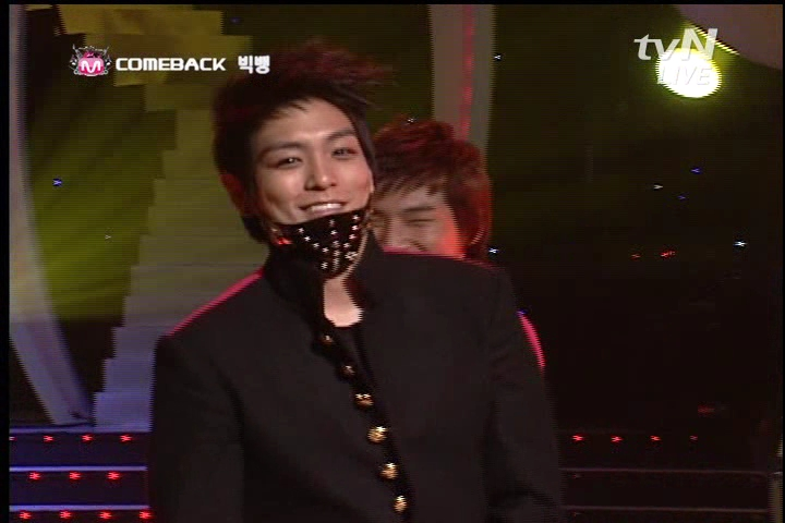 081127 M countdown intro remember no1 コモタコウ・サ ソ」オ・ナ・ー).avi_000451117