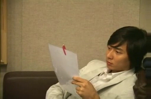 090212 Eric at Recording studio for Yes! [TOP starzone].flv_000027966