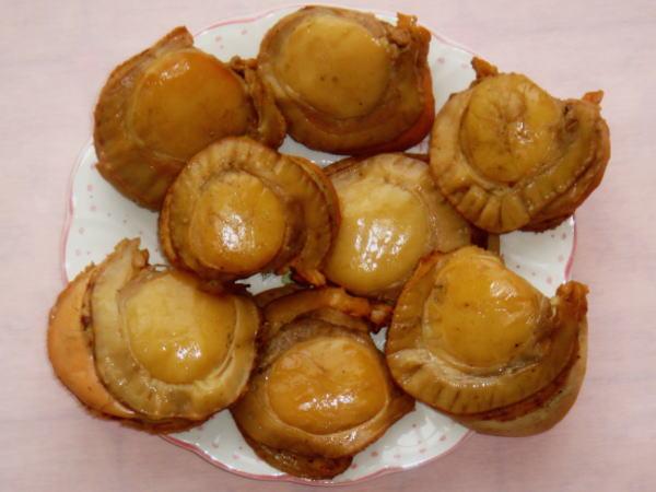 高岡(旅良菓)のホタテの燻製「いぶりのカイコ」