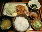 神保町 もちぶたや 生姜焼き定食