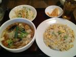 神保町 西安刀削麺酒楼 野菜刀削麺+半チャーハン