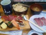 神保町 まわるお寿司 うみ ランチ握り+皿2枚