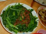 四季牛肉麺の空芯菜炒め
