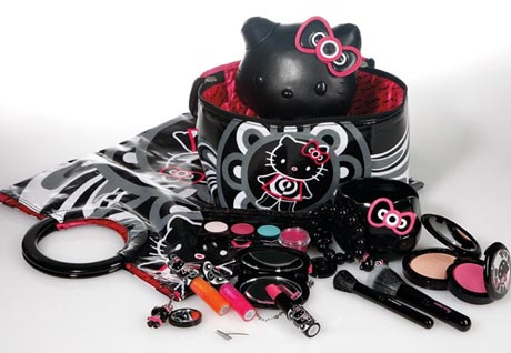 mac_hellokitty_collection.jpg