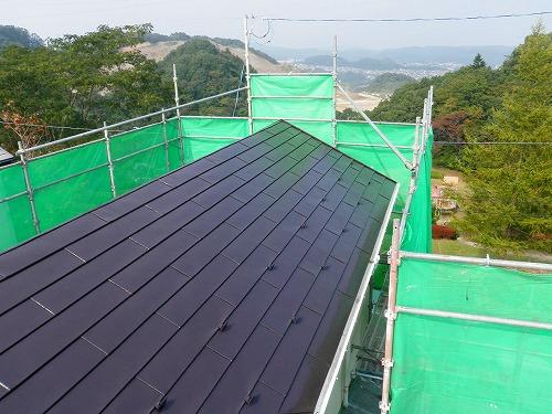 11 トタン屋根 (フッ素樹脂塗料) 施工完了
