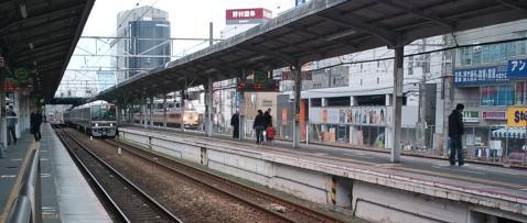 train-takatsuki.jpg
