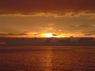 写真夕暮れの海