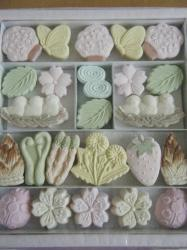 春の和三盆干菓子