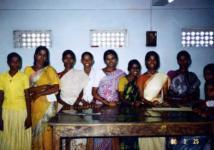 女性従業員たち