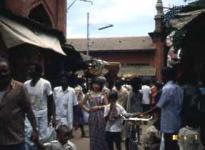 中央駅裏のムアー市場