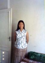 チベット人女性スタッフ2