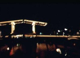 跳ね橋夜2
