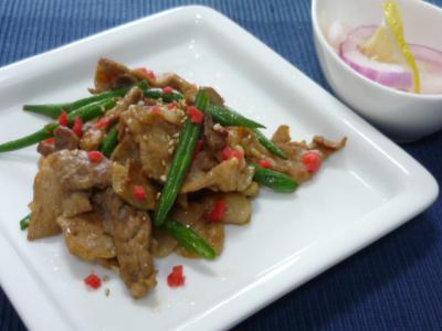 豚肉といんげんのピリピリ炒め
