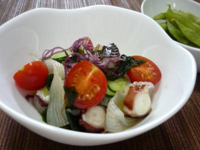 蛸と海草コンニャクサラダ