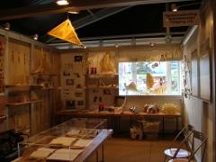 アトリエ風の展示スペース