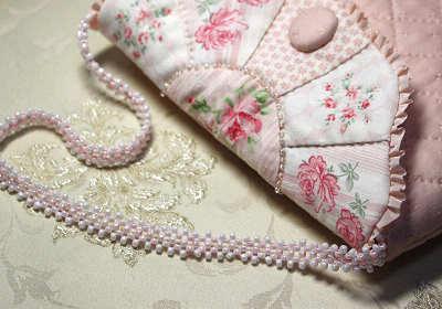 ビーズ編みの持ち手