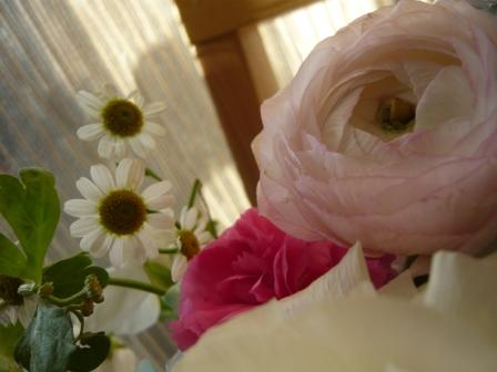 2010.3春をお届け♪花とギフトのバスケット3p