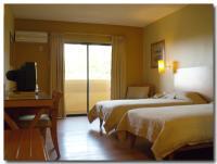 GUAM PLAZA HOTEL -1-