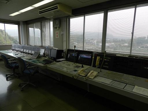 亀山ダム 操作室
