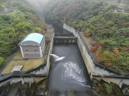 片倉ダム 下流側直下