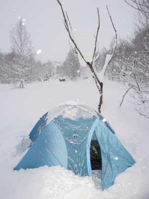 雪上テント2
