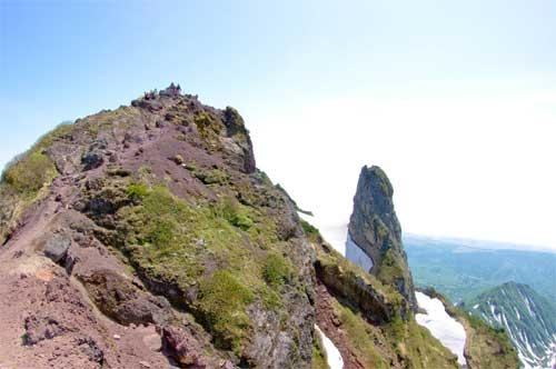 _IGP8798北峰とローソク岩