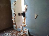 living room demolition2