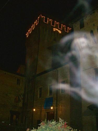 イタリア、Montecchio Emilia 付近で撮影された心霊写真