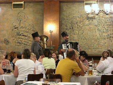 Restaurant in Praha (Czech)1
