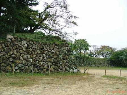加納城本丸南面の石垣