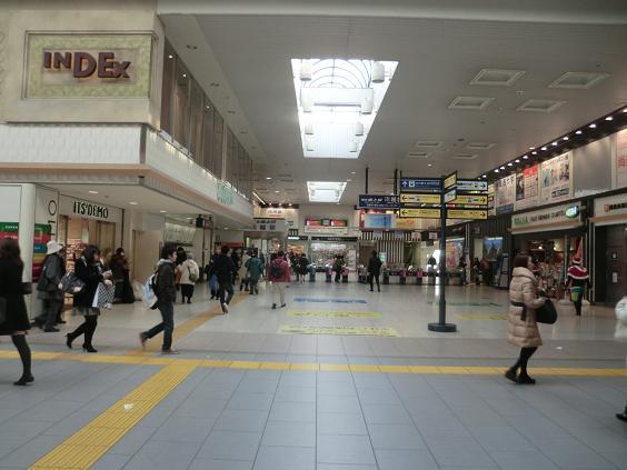 11.12.21 東上線川越駅改札口