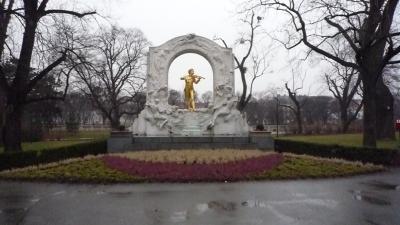 ヴェートーヴェンの像