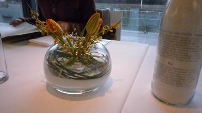 花と牛乳瓶