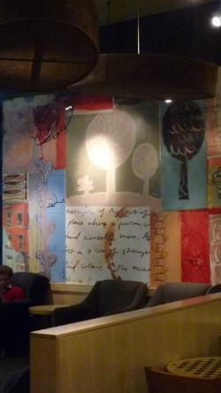 コーヒーショップの壁