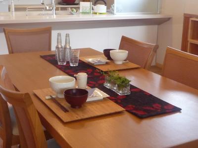 タツミ建設食卓