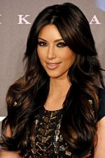 220px-Kim_Kardashian_2011.jpg