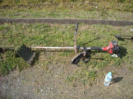 草刈りマシーン