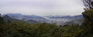 峰火山から長崎市街を望む