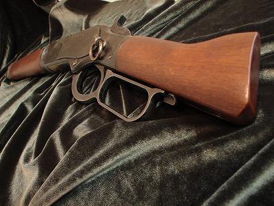 gun008.jpg