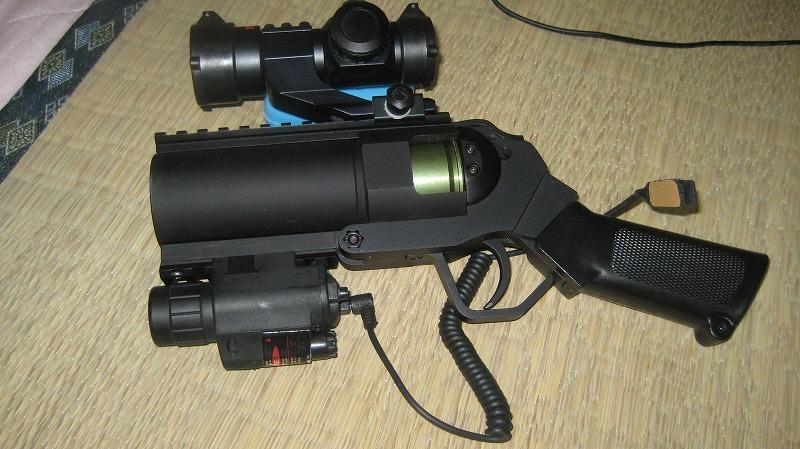 gun018.jpg