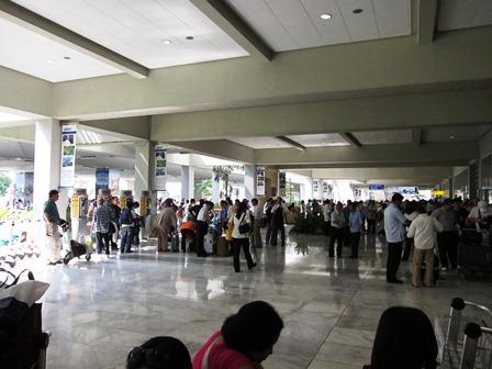 blog_マニラの空港100211